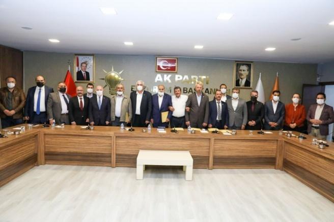 İYİ Parti'den istifa edip AK Parti'ye geçtiler